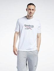 Reebok Classics - CL F VECTOR TEE - t-shirts - white/vecnav/vecred - 0