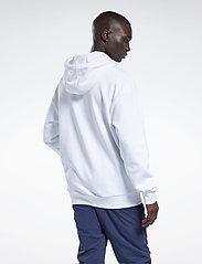 Reebok Classics - CL F VECTOR HOODIE - hoodies - white/vecnav/vecred - 3