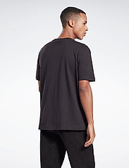 Reebok Classics - CL F VECTOR TEE - t-shirts - black - 3