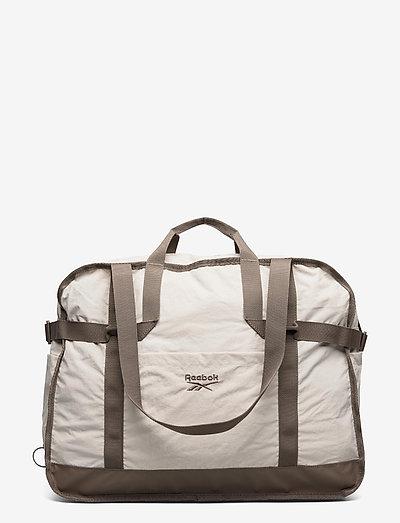 CL Tailored Packable Grip - træningstasker - sansto