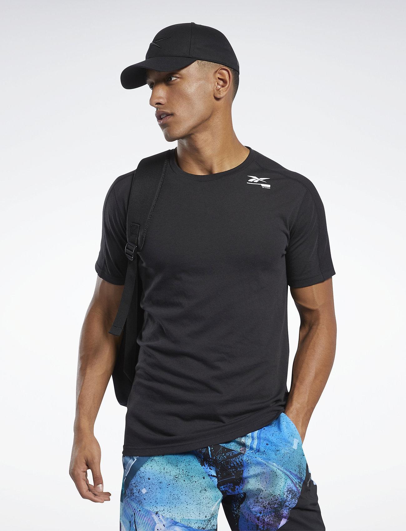 Reebok Performance TS Speedwick Grphc Move - T-shirts BLACK DKBEzz2T