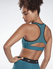 Reebok Performance - S Hero Racer Pad Bra-Read - sport bras: medium - hertea - 3