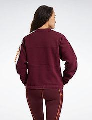 Reebok Performance - WOR MYT Crew - sweatshirts - maroon - 3