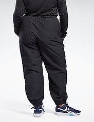 Reebok Performance - WOR MYT Woven Pant - sportbroeken - black - 4