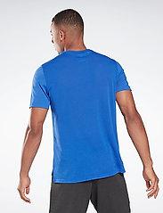 Reebok Performance - Workout Ready Supremium Graphic T-Shirt - t-shirts - coublu - 4