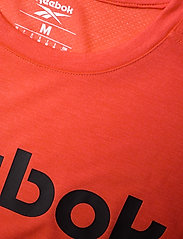 Reebok Performance - Workout Ready Supremium Graphic T-Shirt - t-shirts - dynred - 3