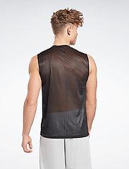 Reebok Performance - Workout Ready Sleeveless Tech T-Shirt - tank tops - black - 4