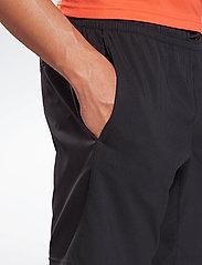 Reebok Performance - WOR WOVEN SHORT - training korte broek - black - 6