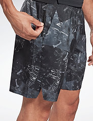 Reebok Performance - Epic Lightweight Shorts - casual shorts - black - 6