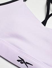 Reebok Performance - Lux Strappy Medium-Impact Sports Bra W - sport bras: medium - lumlil - 4