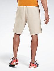 Reebok Performance - RI Fleece SHORT - casual shorts - stucco - 3