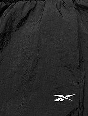 Reebok Performance - MYT Woven Pant - treenihousut - black - 7