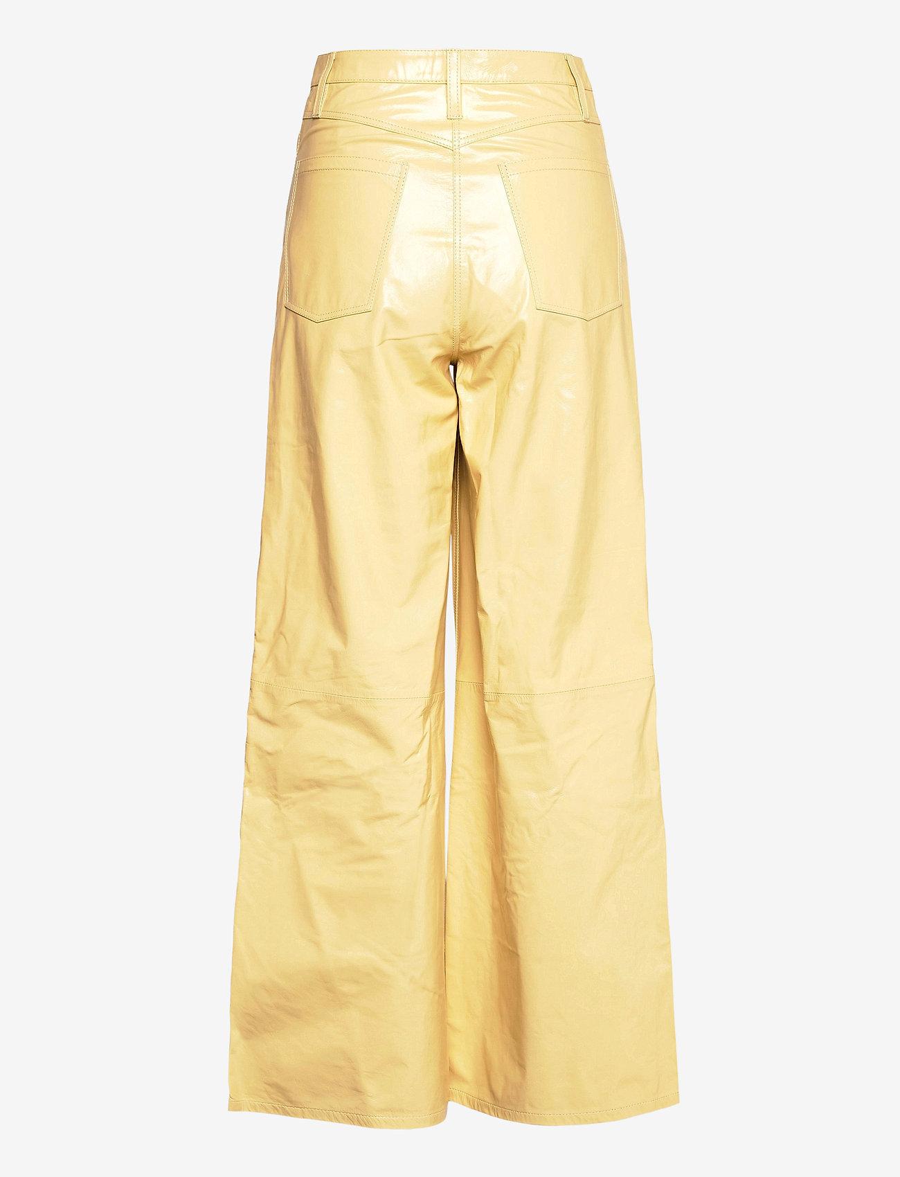 REMAIN Birger Christensen - Ariane Trousers - bukser med brede ben - straw - 2