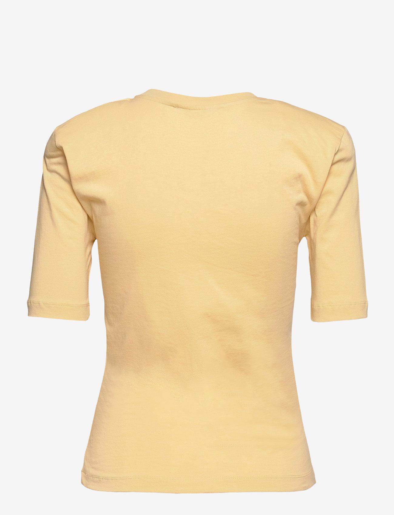 REMAIN Birger Christensen - Xenia O Neck - t-shirts - straw - 1