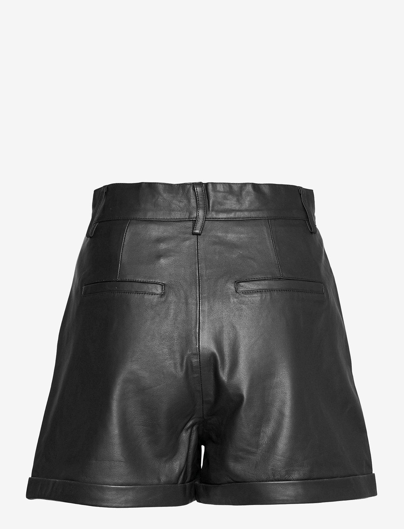 REMAIN Birger Christensen - Paola Shorts - læder shorts - black - 2