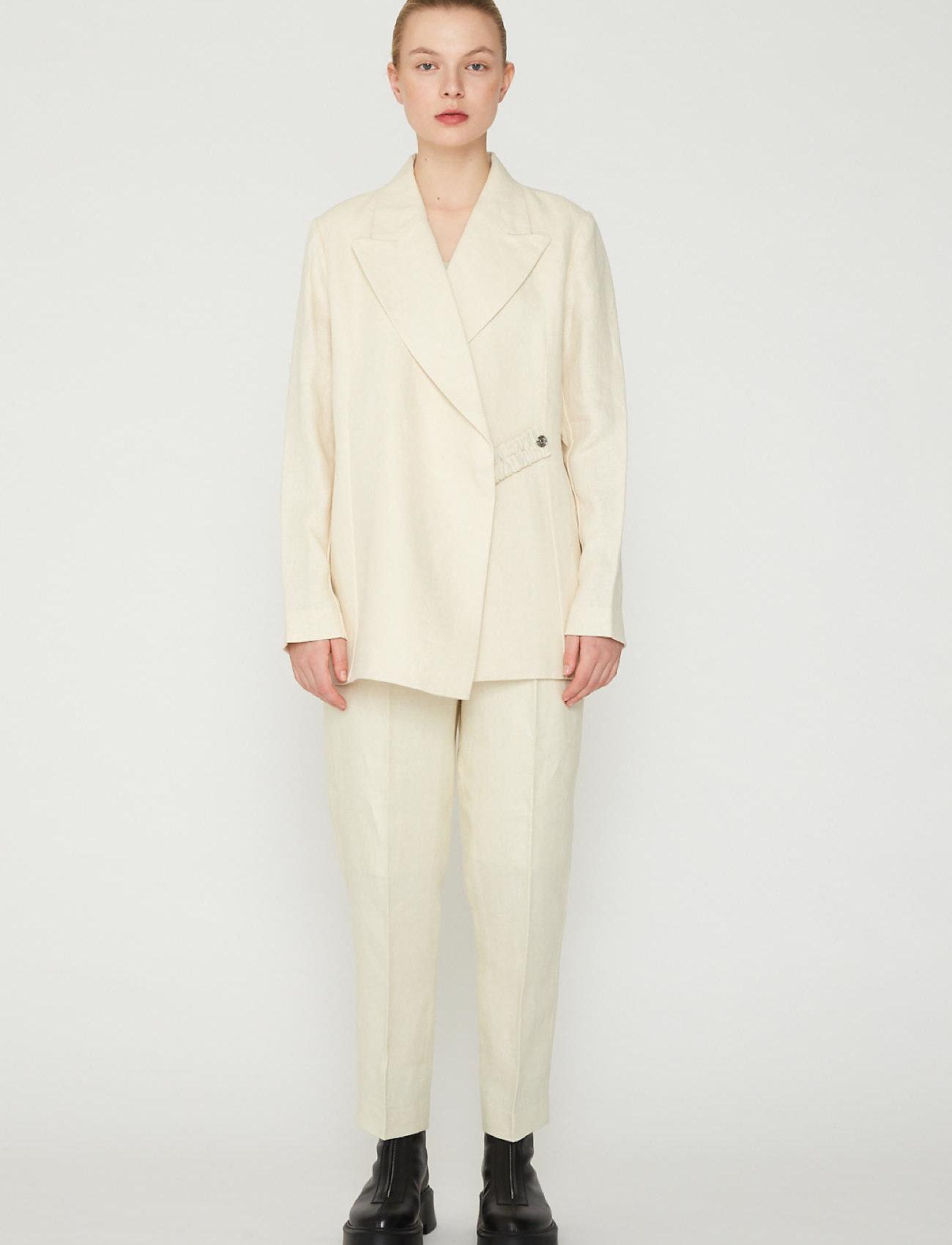 REMAIN Birger Christensen - Paris Pants - bukser med lige ben - white asparagus - 0