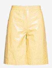 Maisy Shorts - STRAW