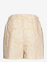 REMAIN Birger Christensen - Camille Shorts - shorts casual - leopard aop - 1