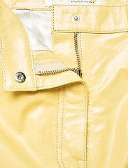 REMAIN Birger Christensen - Ariane Trousers - bukser med brede ben - straw - 4