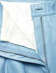 REMAIN Birger Christensen - Cleo Pants - læderbukser - ashley blue - 4