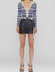 REMAIN Birger Christensen - Paola Shorts - læder shorts - black - 0