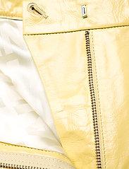 REMAIN Birger Christensen - Maisy Shorts - leren shorts - straw - 4