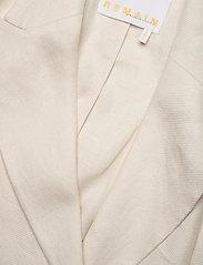 REMAIN Birger Christensen - Vivie Blazer - oversized blazere - white asparagus - 2