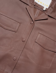 REMAIN Birger Christensen - Jocy Shirt Leather - denimskjorter - fawn - 2