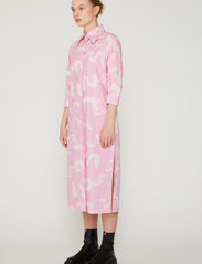 REMAIN Birger Christensen - Silja Dress - summer dresses - orchid ice comb - 3