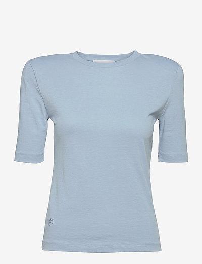 Xenia O Neck - t-shirts - ashley blue
