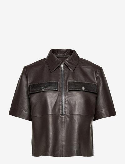 Tamia Polo Shirt Contrast Leather - denimskjorter - ganache