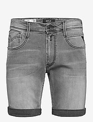 Replay - NEW ANBASS SHORT - denim shorts - medium grey - 0