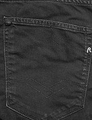 Replay - RBJ.901 SHORT - denim shorts - black delavÈ - 4