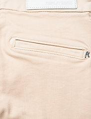Replay - LYSA HYPERFLEX - slim jeans - cream - 4