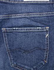 Replay - Jacket 573 BIO - denimshorts - medium blue - 4