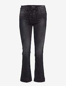 JUNY - utsvängda jeans - black