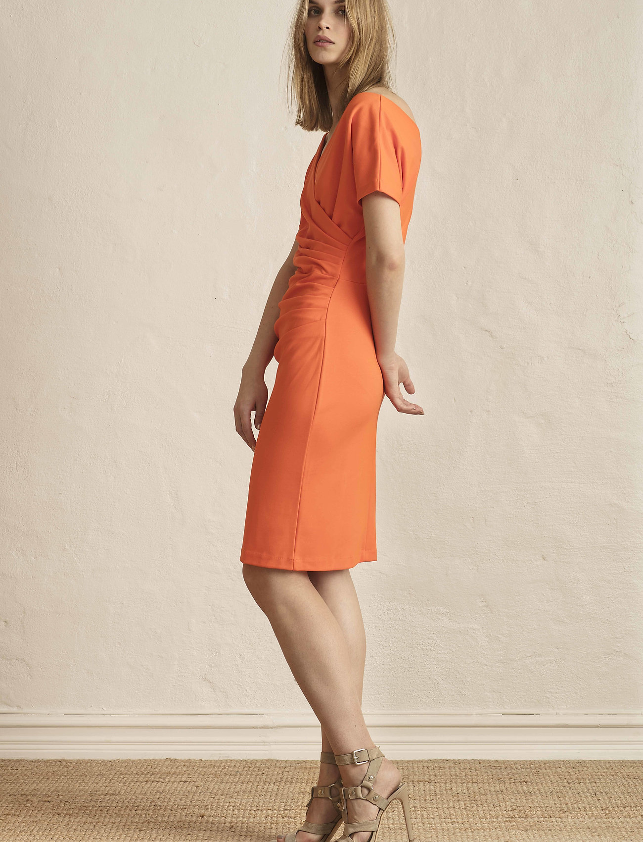 Residus    AVA DRESS  - Kleider    FLAME