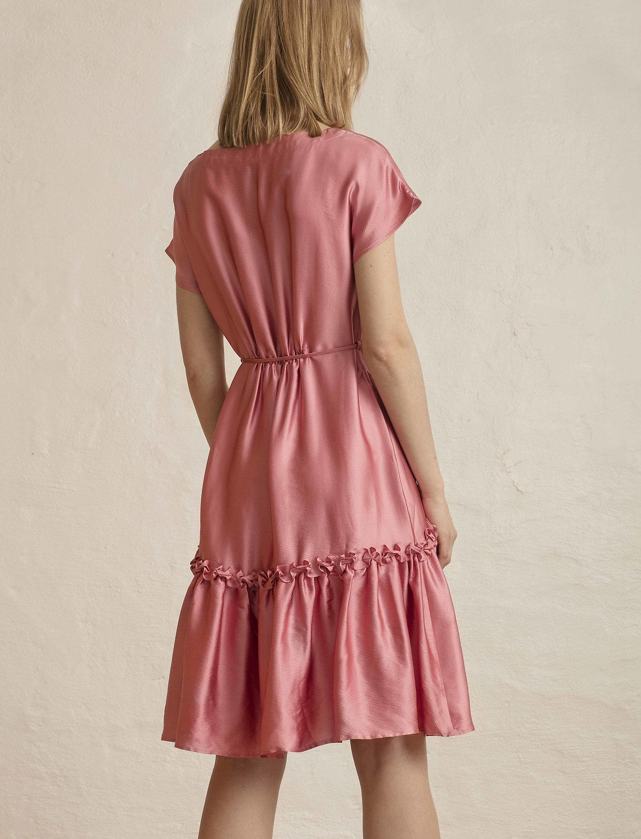 Residus    MARILYN DRESS  - Kleider    CONFETTI
