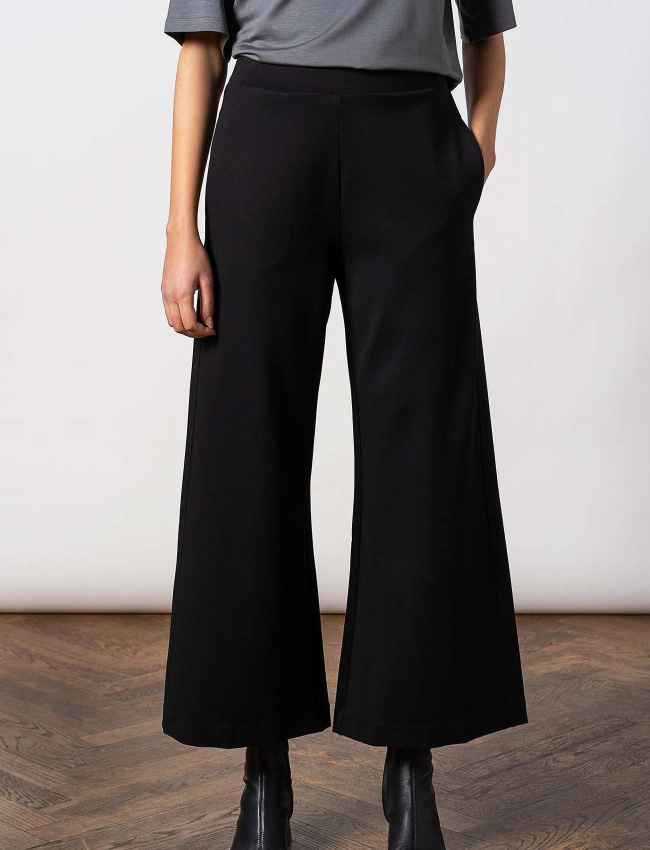 Residus - Lottie Ecovero Wide Pants - pantalons larges - black - 0