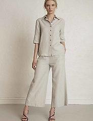 Residus - RODA SASHIKO SHIRT - overhemden met korte mouwen - sand stone - 0