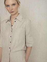 Residus - RODA SASHIKO SHIRT - overhemden met korte mouwen - sand stone - 6
