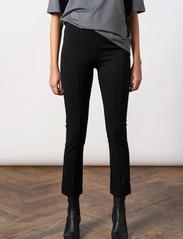 Residus - LOU STRAIGHT PANT - pantalons casual - black - 0