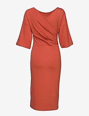 Residus - WINIFRED DRESS - midi jurken - fig red - 1