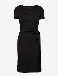 LILY ECOVERO DRESS - BLACK
