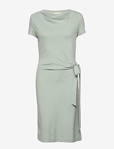 LILY ECOVERO DRESS - STONE GREEN