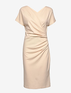 AVA ECOVERO DRESS - midiklänningar - white sand
