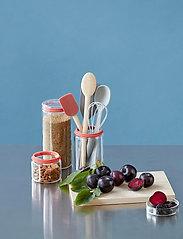 RIG-TIG - EASY pastry spatula - lastat ja taikinakaapimet - wood - 4