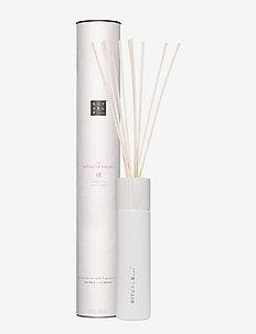 The Ritual of Sakura Fragrance Sticks - doft - no color