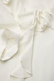 RODEBJER - RODEBJER XILLA SILK - bluzki z krótkim rękawem - off white - 2