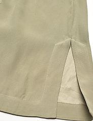 RODEBJER - RODEBJER SIGRID TWILL - bukser med brede ben - olive leaf - 4